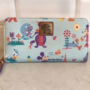 Dooney & Bourke wallet Disney flower and garden